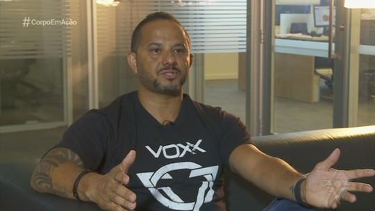 Professor de taekwondo faz sucesso com Banda Voxx nos Estados Unidos