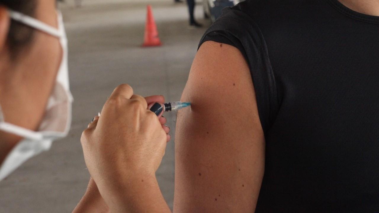 Veja quem pode se vacinar contra a Covid-19 em São Luís neste domingo (13)
