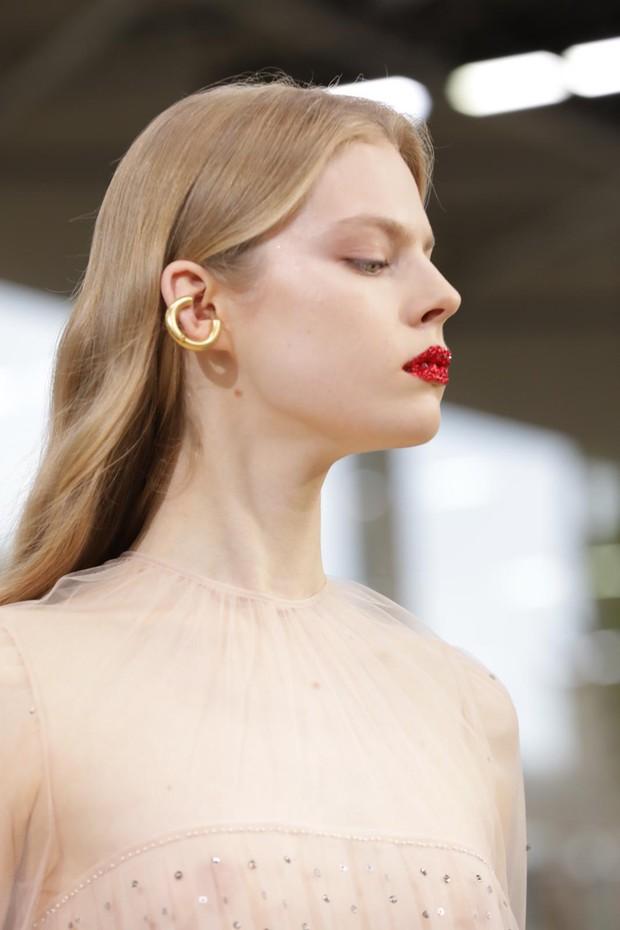 Beleza do verão 2019 da Valentino (Foto: Gerson Lirio Paris/FashioToMax)