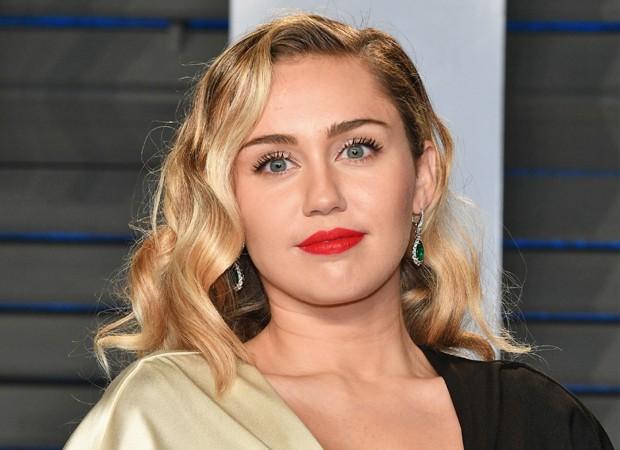 'Black Mirror': Miley Cyrus é estrela de episódio da quinta temporada