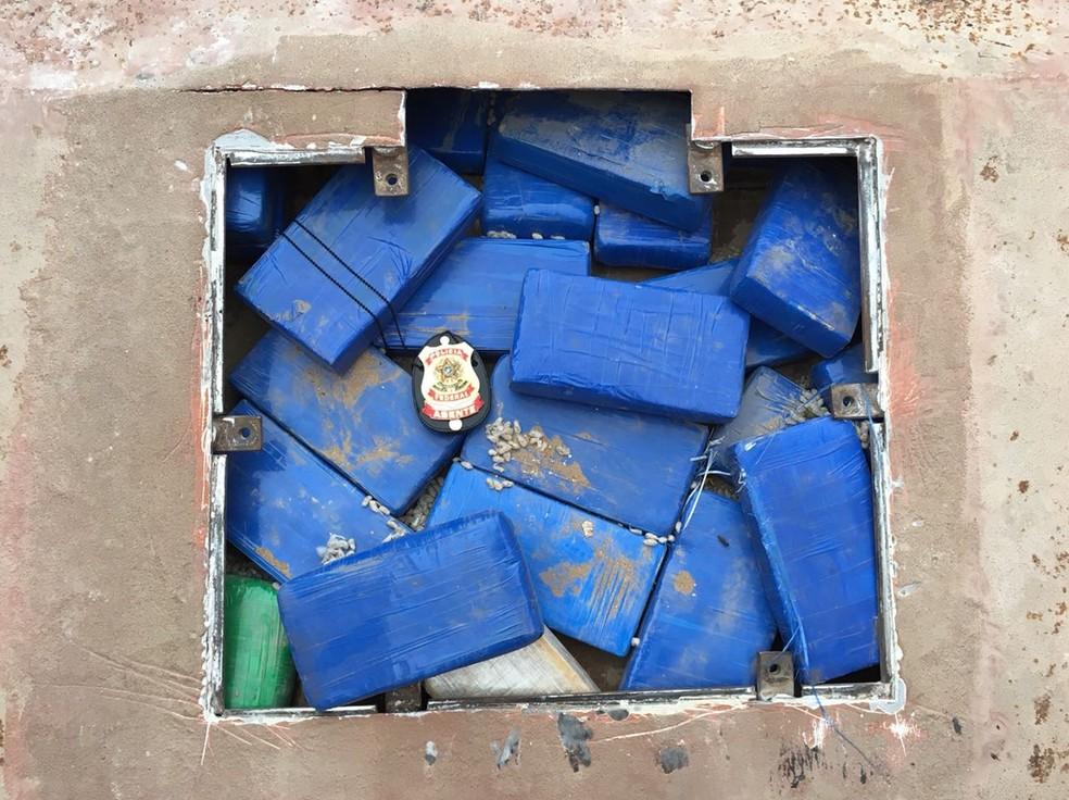 Cerca de 400 kg de cocaína foram apreendidos em Limeira (Foto: Polícia Federal)