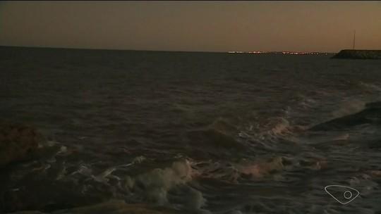 Sobreviventes de naufrágio no Sul do ES nadaram por quase 15 horas