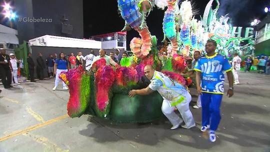 Unidos do Peruche passa sufoco, mas consegue levar Salvador ao carnaval de SP