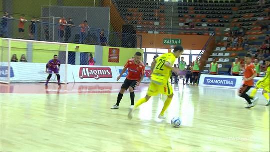Marechal Rondon cala ginásio rival, bate Carlos Barbosa e vai à semifinal da Liga Nacional