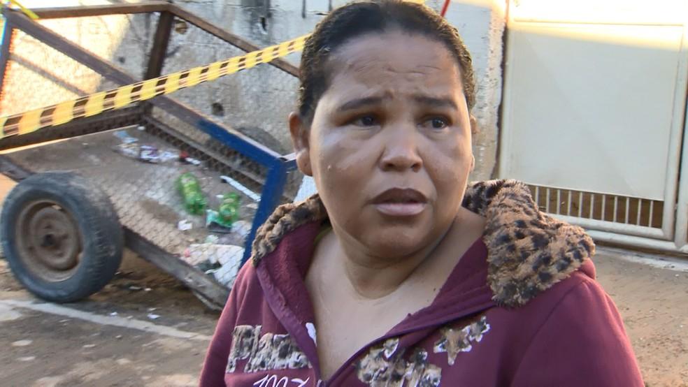 Mãe da criança conta como o marido fez a bebê refém em Vitória — Foto: Fabrício Christ/ TV Gazeta