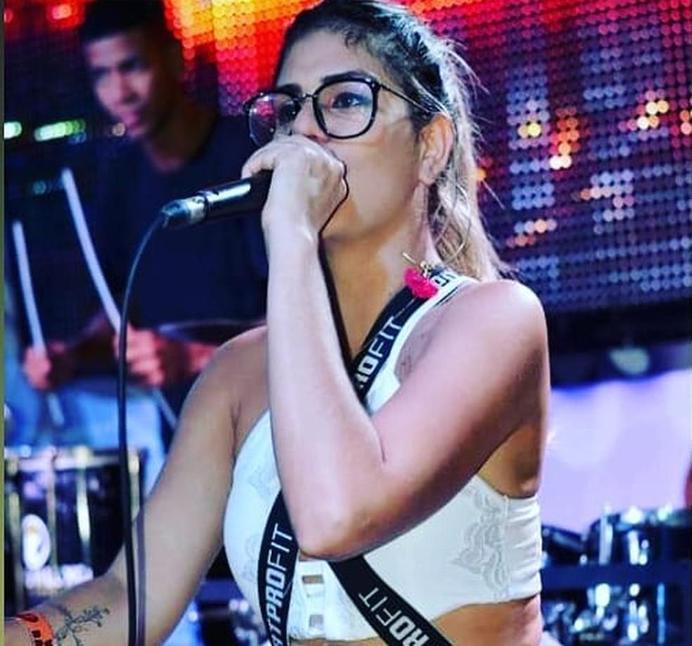 Cantora morre após ser baleada enquanto andava em motocicleta com namorado em Salvador — Foto: Reprodução / Redes Sociais