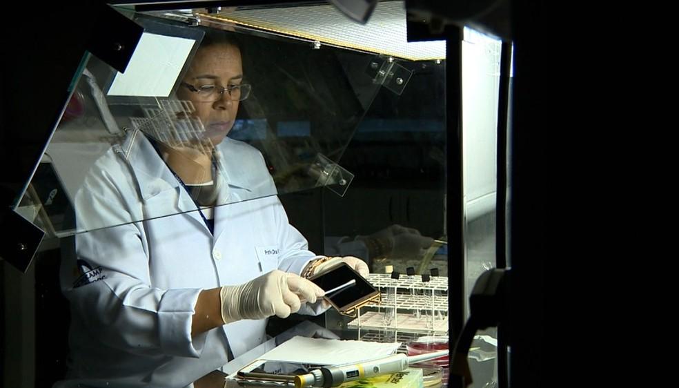 A biomédica Rosana Siqueira, em Campinas (Foto: Vanderley Duarte/EPTV)