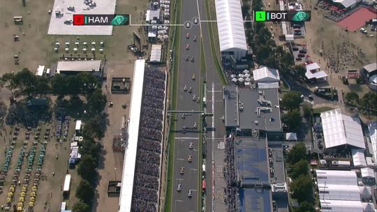 """Bottas classifica vitória sobre penta Hamilton no GP da Austrália como """"melhor da carreira"""" na F1"""