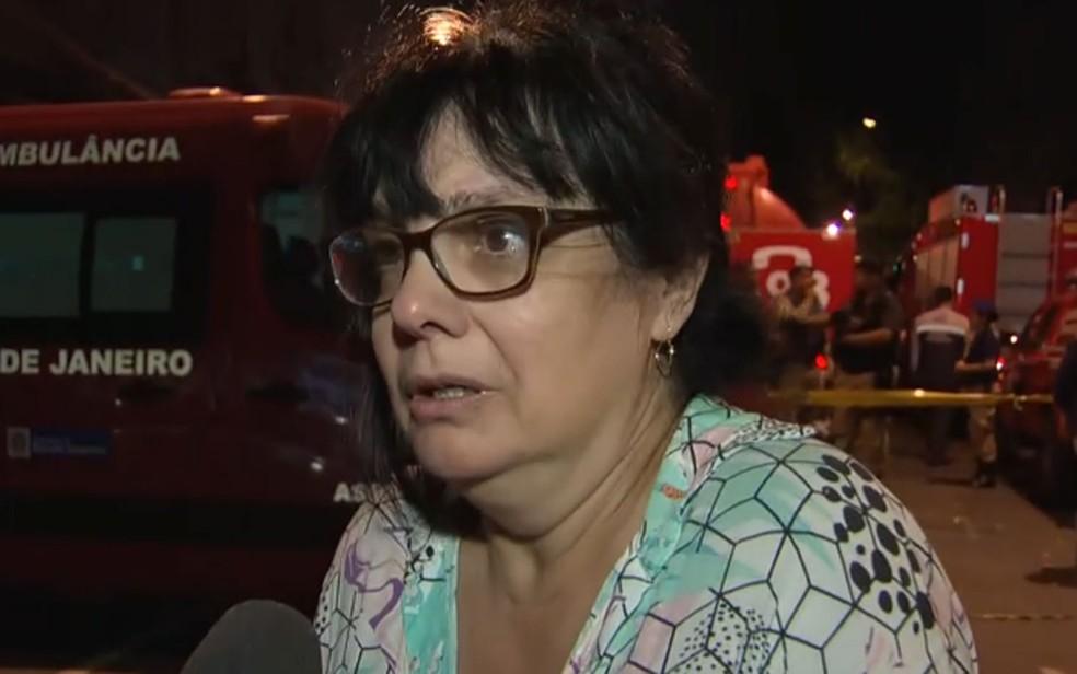 Tania Ferreira busca informações sobre a mãe, que estava internada no Hospital Badim — Foto: Reprodução/TV Globo