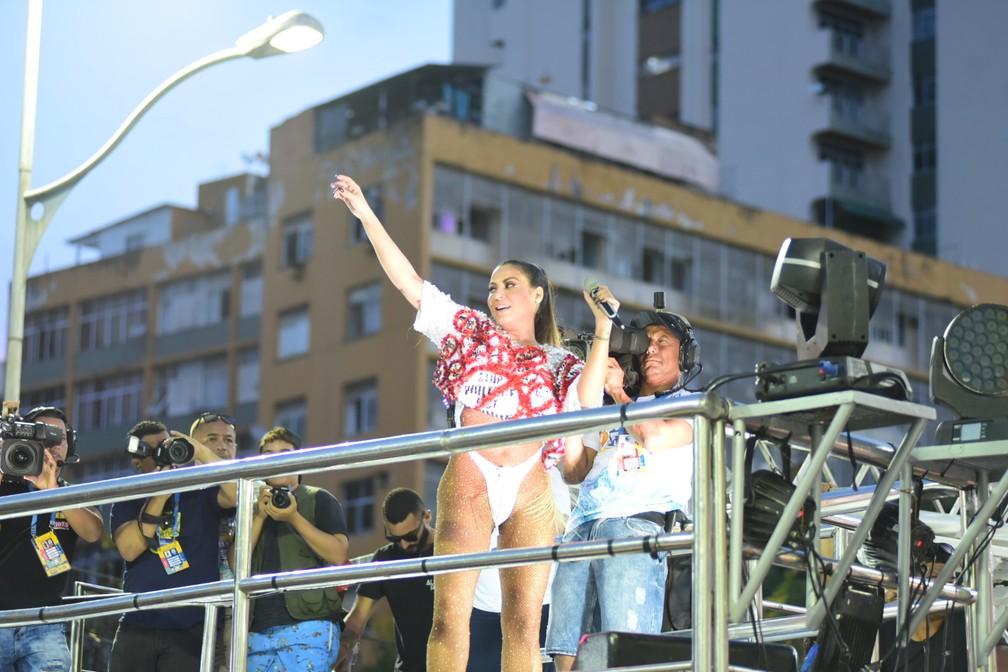 Aline Rosa, do Cheiro de Amor, esbanja sensualidade com look — Foto: Enaldo Pinto/Ag Haack