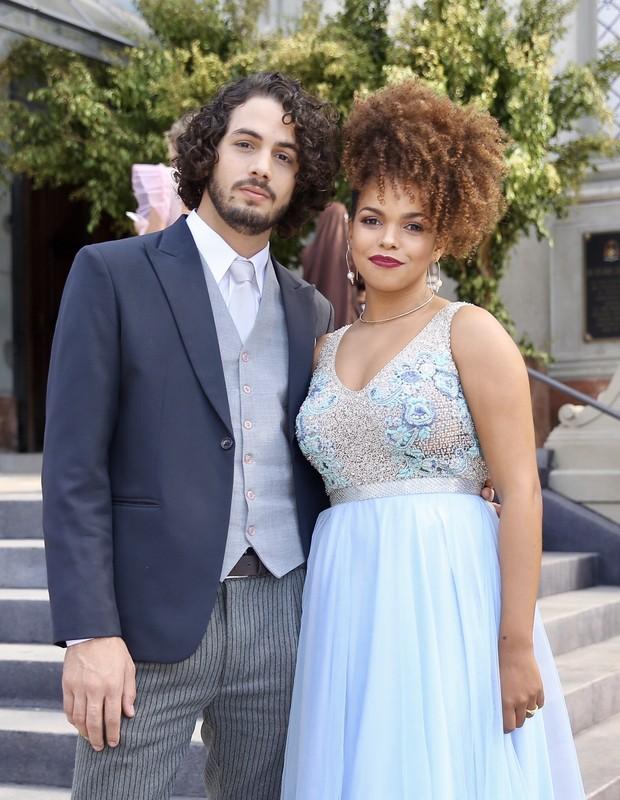 Jeniffer Nascimento e Jean Amorim (Foto: Manuela Scarpa e Marcos Ribas/Brazil News)