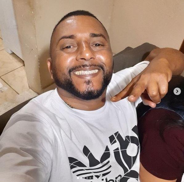 MC Raposão, de 'Estrada da Posse', morre aos 45 anos