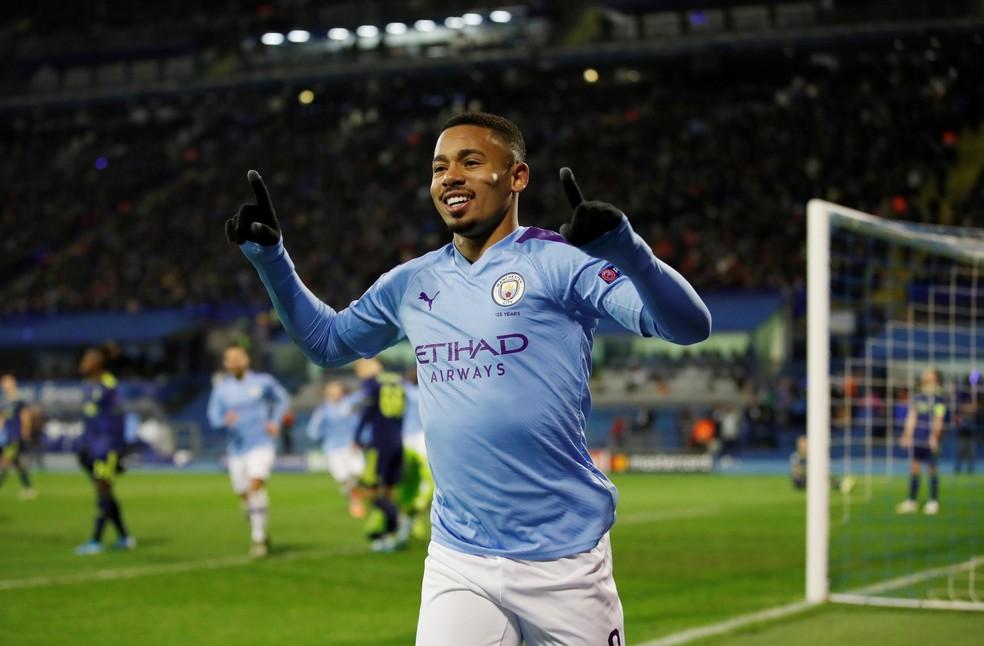 Gabriel Jesus comemora um dos gols contra o Dínamo Zagreb — Foto: Reuters