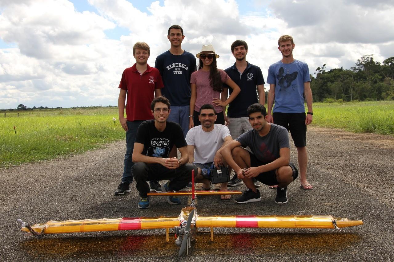Estudantes da Ufes constroem aviões e participam de competição nacional de aerodesign