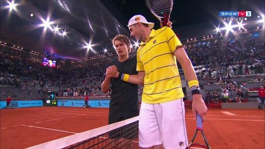 Pontos finais de Isner 0 x 2 Zverev pelas quartas do Masters 1000 de Madri 2018