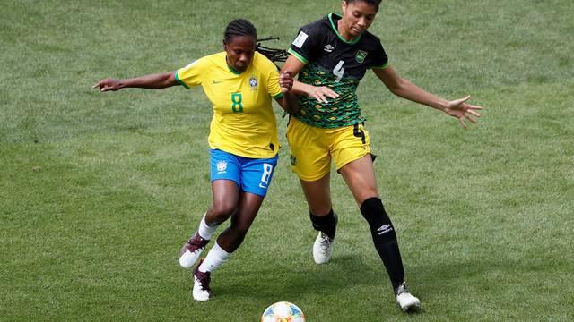 Formiga fez história diante da Jamaica