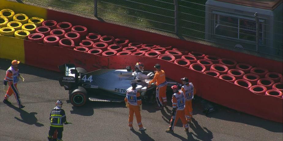 Ferrari volta a dominar com Leclerc, e Hamilton sofre acidente no terceiro treino livre na Bélgica