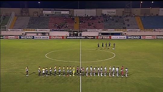 """Boa Esporte se reapresenta e goleiro Andrey lamenta gol no fim: """"Castigo"""""""