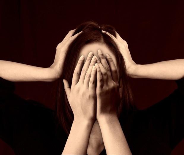 Estudo aponta que as mulheres são as mais afetadas com os efeitos do estresse no cérebro (Foto: Pixabay)