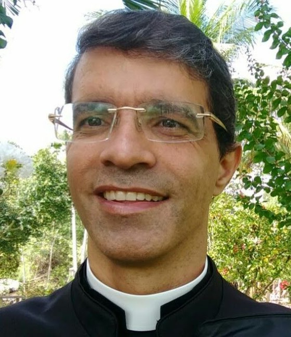Padre Romário Hastenreiter  (Foto: Site da Diocese de São Mateus)