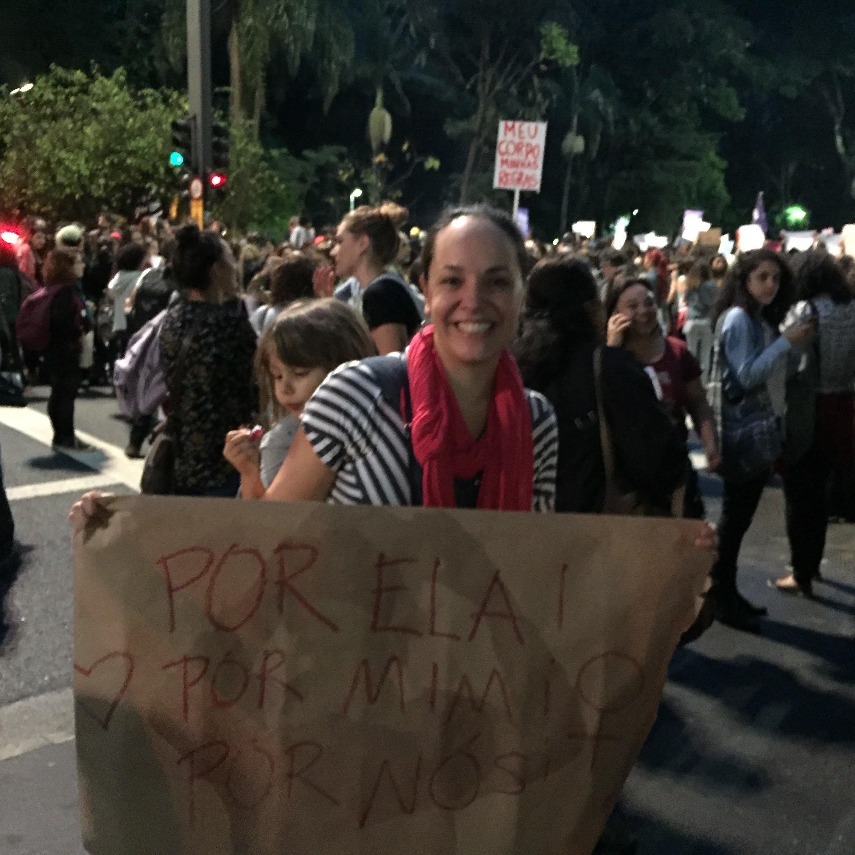 Luta pelos direitos da mulheres, entre eles, o de amamentar (Foto: Arquivo pessoal/ Graziela Mantoanelli)
