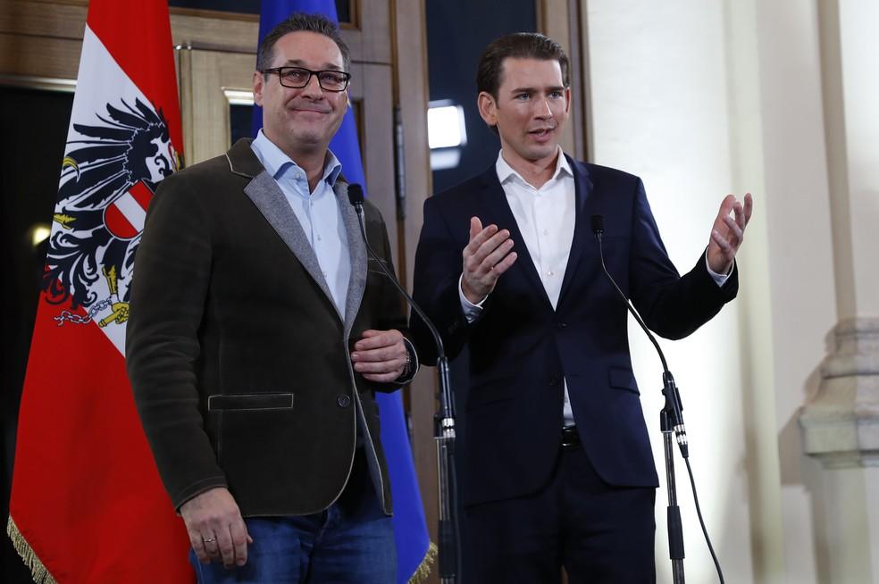 Extrema-direita regressa ao governo austríaco em coligação