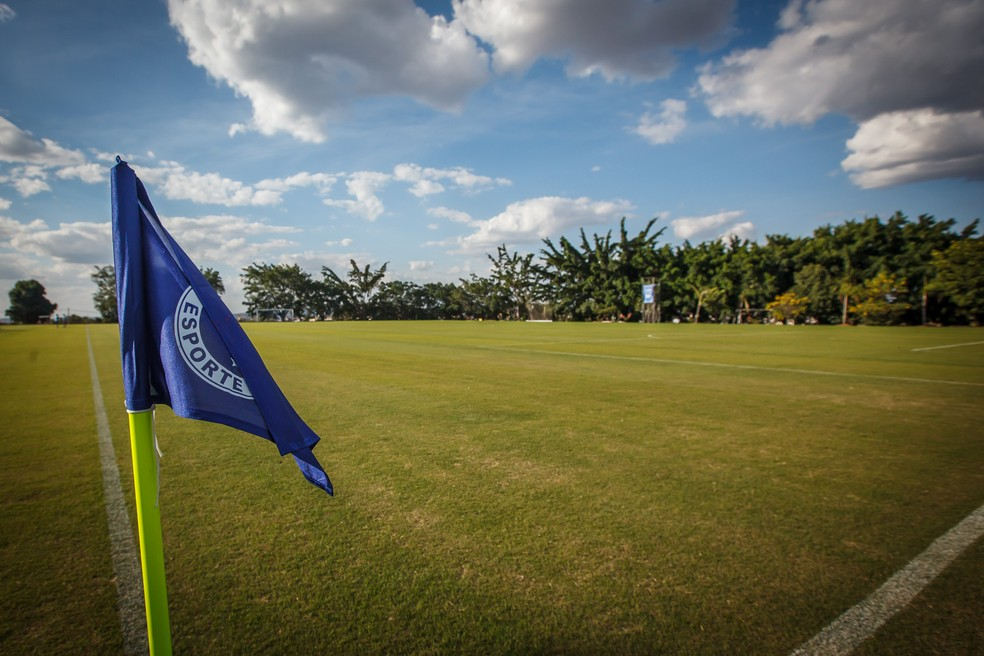 Campo de treinamento na Toca da Raposa   — Foto: Vinnicius Silva