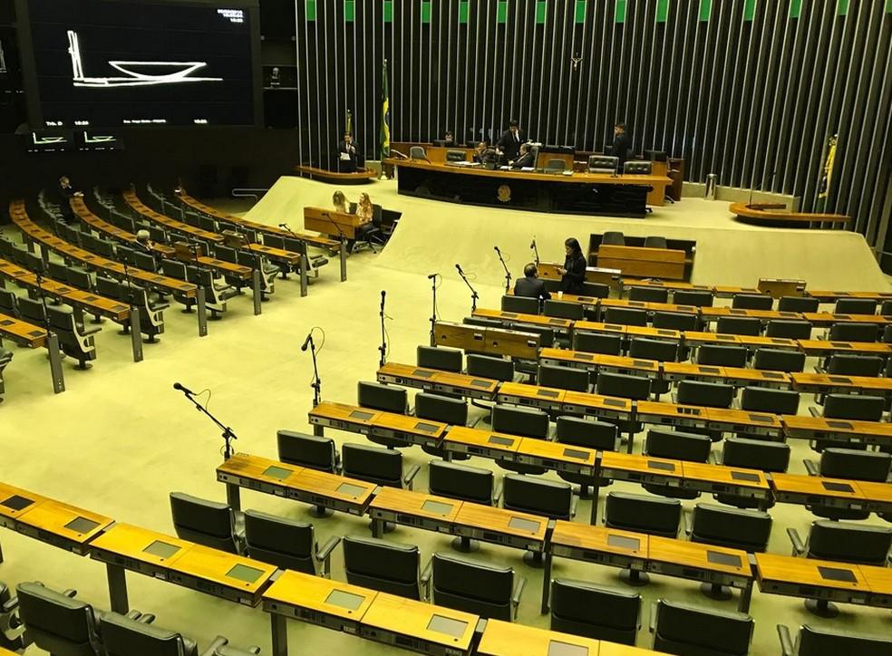 Plenário da Câmara dos Deputados vazio nesta quarta-feira (8) (Foto: Fernanda Calgaro/G1)