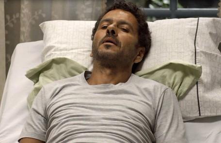 Na quinta (6), Amadeu descobrirá que Gilda (Heloísa Jorge) está doente e desistirá de se separar dela Reprodução