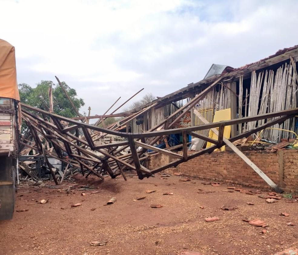 Chuva provocou estragos no bairro Conceição, em Tietê — Foto:  Ana Maria Fassiroli/Arquivo Pessoal