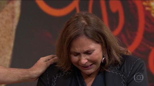 """""""Eu nasci aqui, no Fantástico"""", diz Fafá de Belém; veja show exclusivo"""