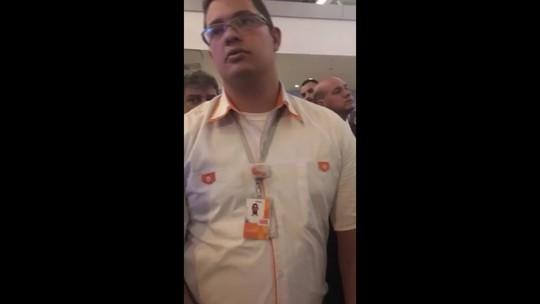 Gol cancela voo no DF e passageiros dormem no aeroporto por 'falta de hotel'