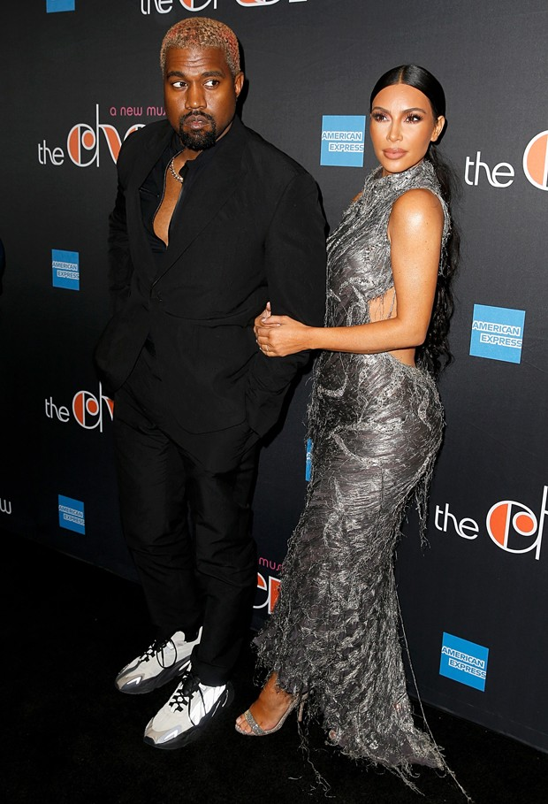 Kim Kardashian e Kanye West na estreia de 'The Cher Show' (Foto: Getty Images)