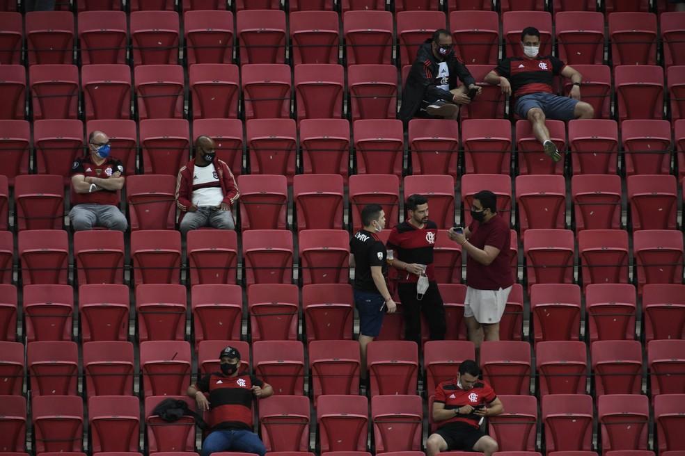 Apesar do retorno do p�blico, Flamengo vai mal na bilheteria, mas decola na audi�ncia