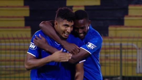 """Éderson relembra golaço contra o Flamengo pelo sub-20 do Cruzeiro e brinca: """"Falam que foi sorte"""""""