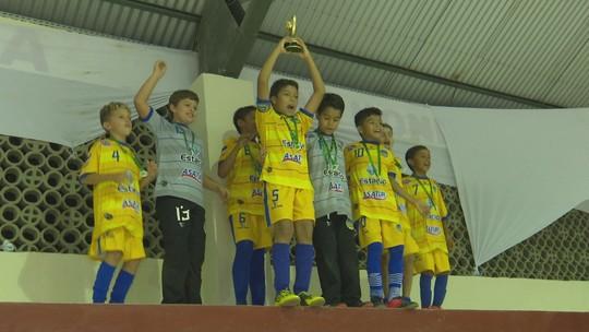 Constelação vence o Tiradentes no 3º jogo da final e fatura o título do Estadual de Futsal Sub-10