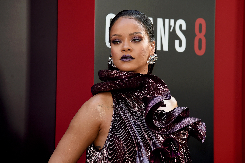 Rihanna na estreia de Oito Mulheres e Um Segredo em Nova York (Foto: Getty Images)