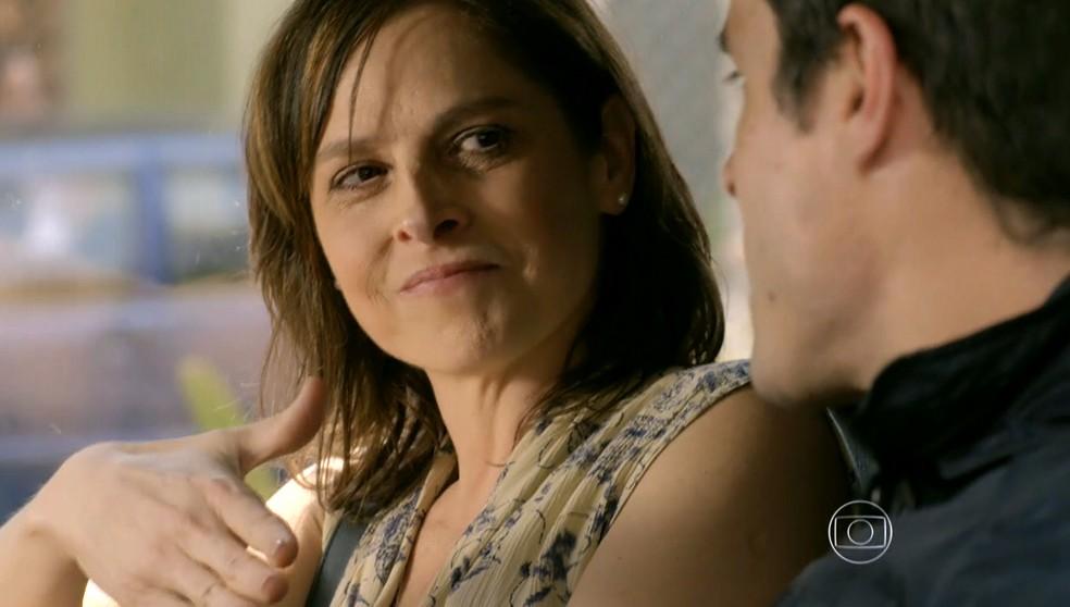 Cora (Drica Moraes) e Fernando (Erom Cordeiro) fazem pacto para o fim do romance de Vicente (Rafael Cardoso) de Cristina (Leandra Leal) - 'Império' — Foto: Globo