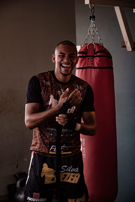 Eliezer é o 4º do ranking mundial da competição WGP Kickboxing e está na categoria meio-médio — Foto: Eliezer Pinho da Silva/Arquivo pessoal