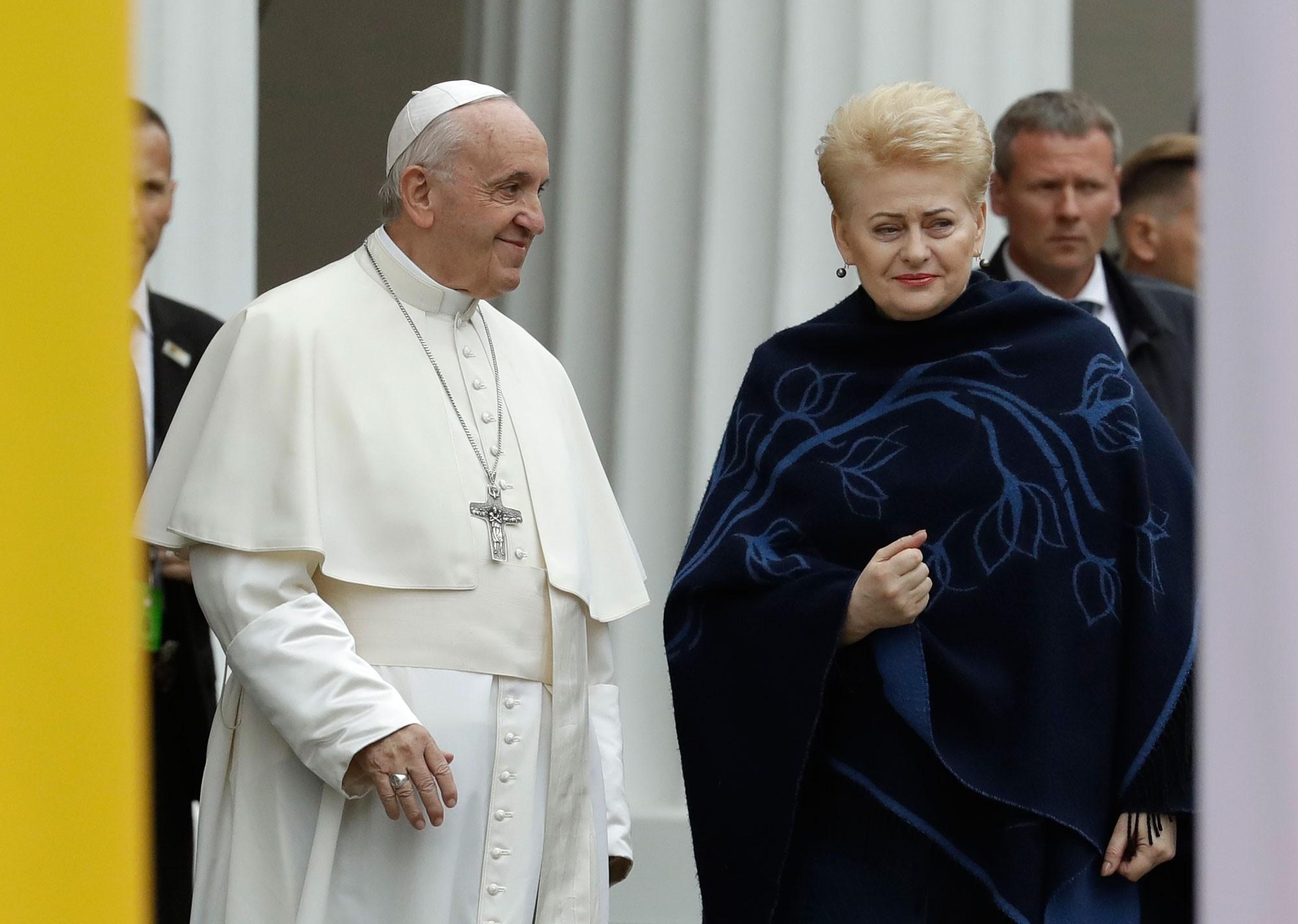 Dalia Grybauskaite, presidente da Lituânia, agradece ao papa por visita: 'presente precioso'