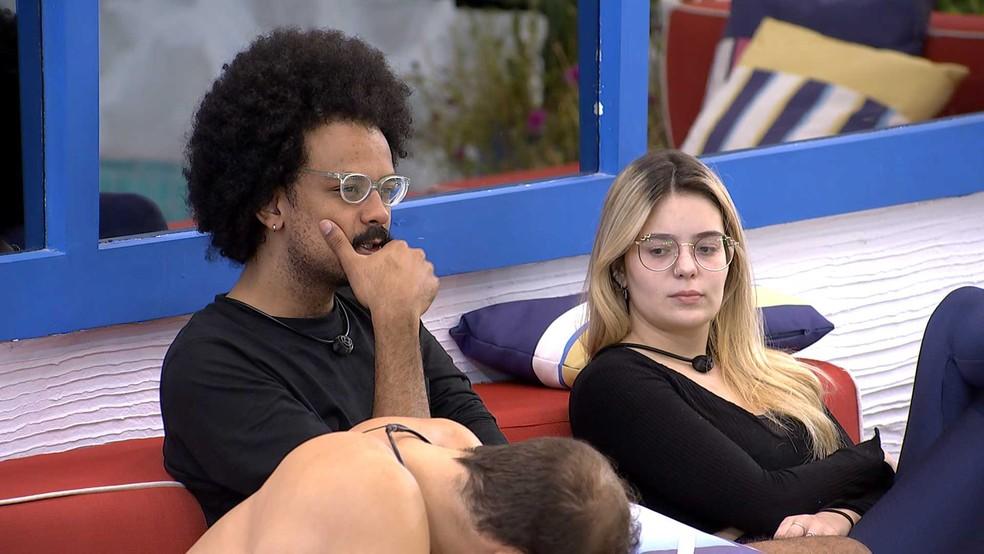 No BBB21, Viih Tube desabafa com João Luiz sobre sister: 'Estou cansada de ficar chateada com ela' — Foto: Globo