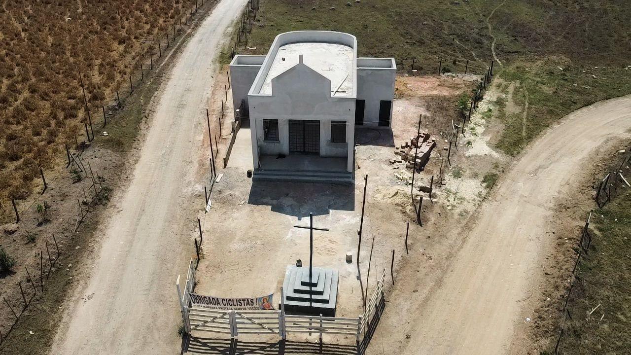 Araújos recebe cavalgada em prol da construção da capela de Santa Bárbara