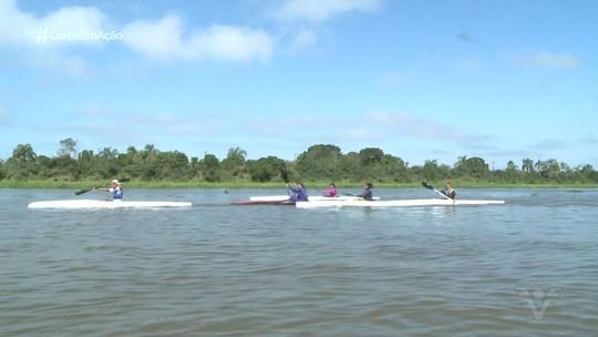 Paratletas da canoagem treinam no polo nacional de Ilha Comprida