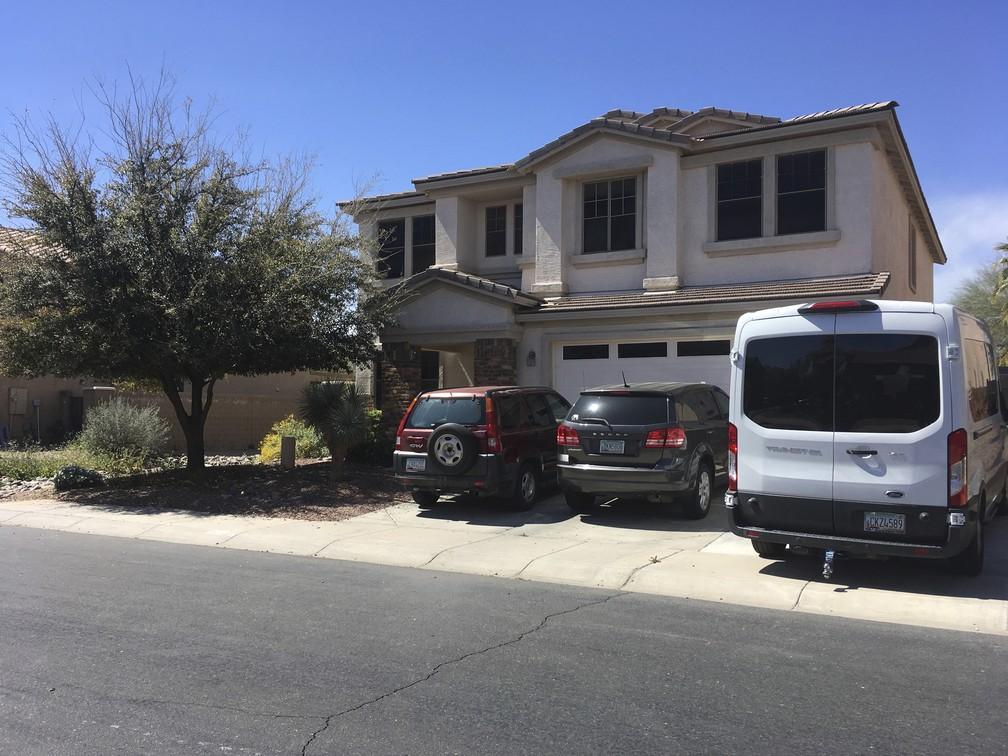 Casa onde viviam as crianças que eram forçadas a participarem de vídeos no YouTube, no Arizona — Foto: Terry Tang/AP Photo