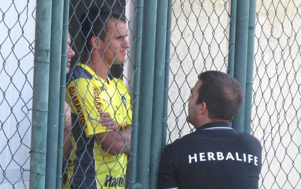 Lucas treino Botafogo (Foto: Thales soares)