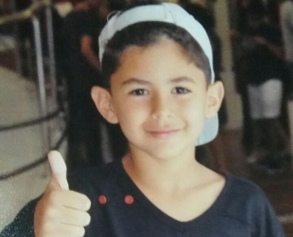 Neil Queiroz, de 8 anos, segue internado após acidente na Rota do Sol, em Natal (Foto: Arquivo da família)