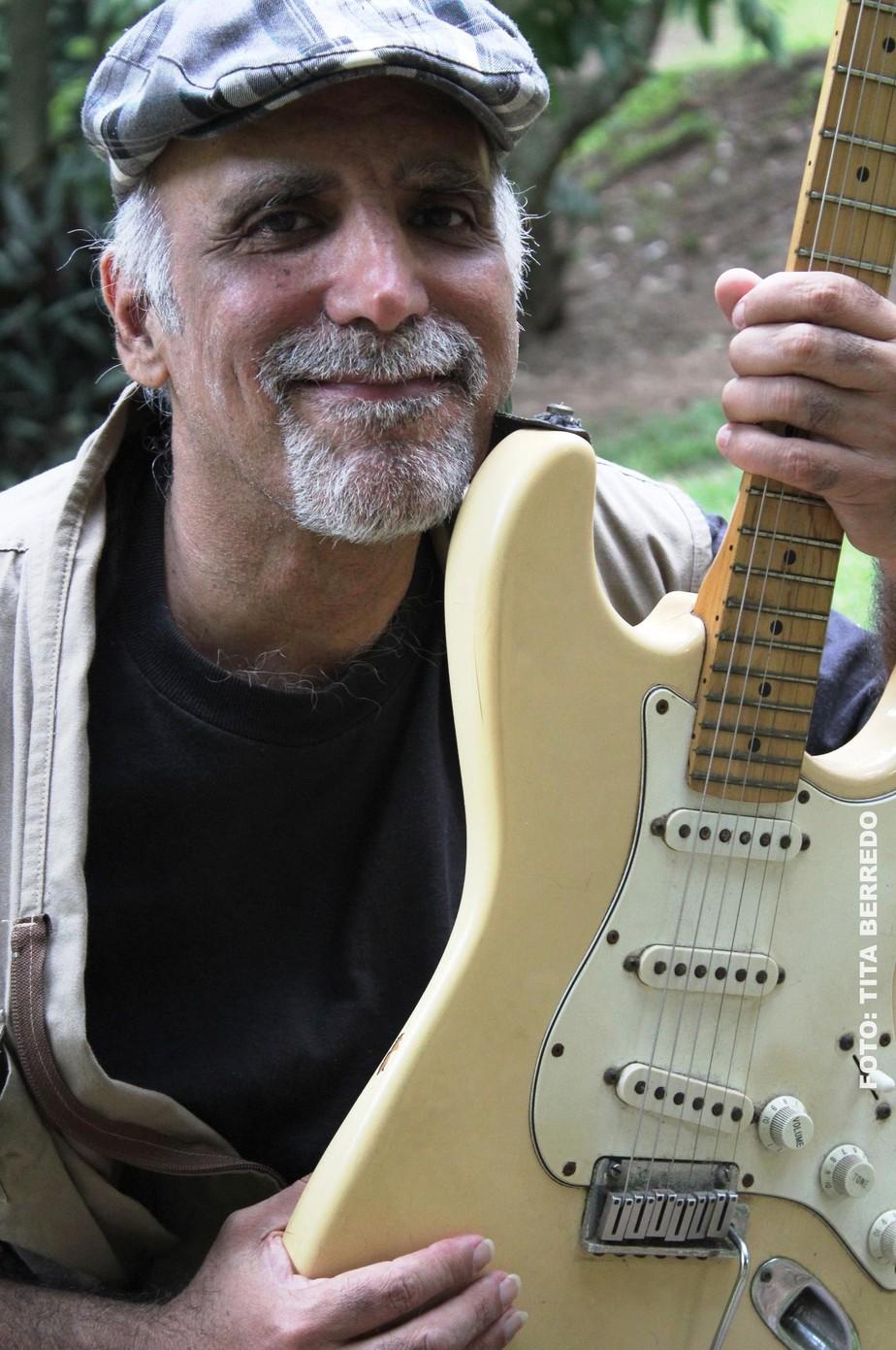 Guto Barros, guitarrista marcante da banda Lobão e Os Ronaldos, morre no Rio de Janeiro aos 61 anos