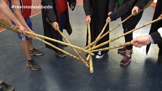 Revista de Sábado mostra partida de 'Quadribol', em Bauru