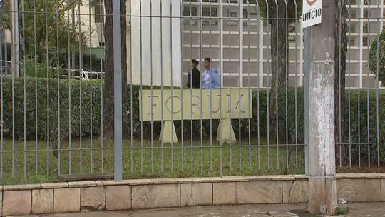 Advogados dizem ter sido 'despejados' de sala em fórum de Angatuba