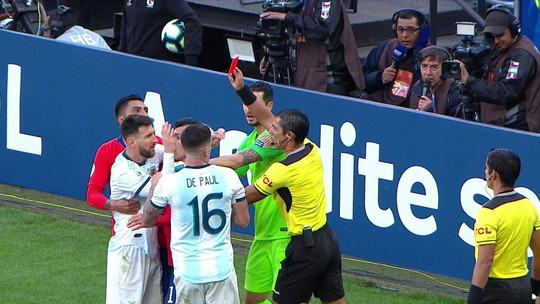 Conmebol nega recurso e mantém suspensão e multa para Messi na seleção argentina